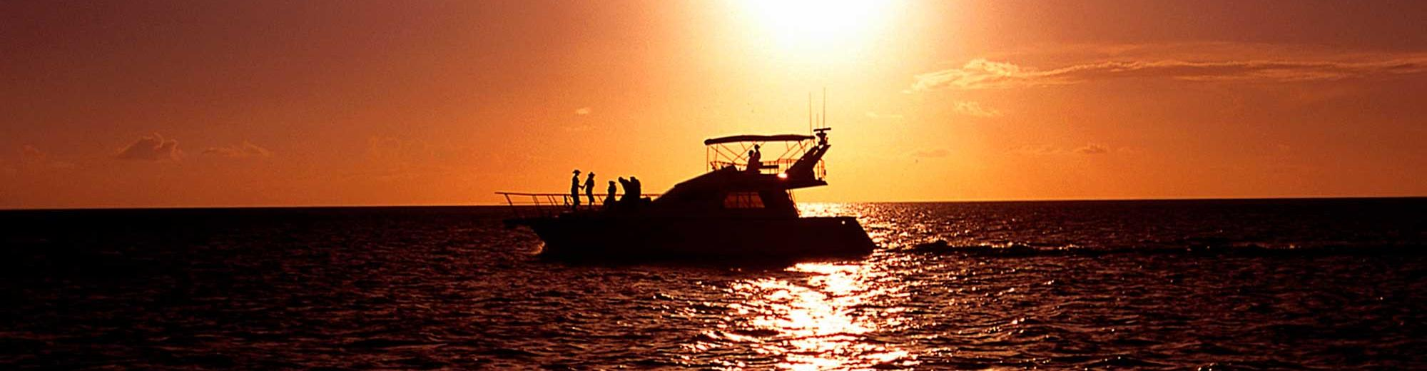Sunset Cruise and Fish Eye Island Cultural Dinner Show